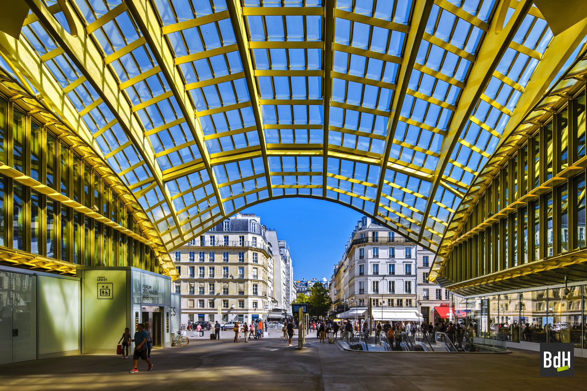 La Canopée du nouveau Forum des Halles le 22 Août 2016 à Paris.